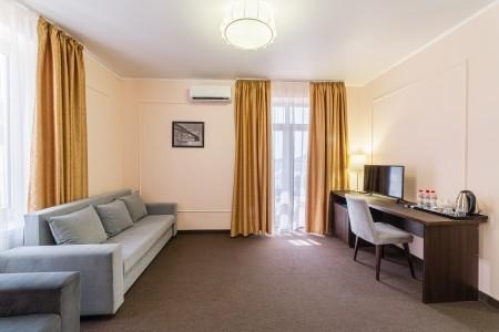 Junior Suite 2-местный с балконом TL, фото 2
