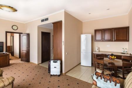 Люкс улучшенный 2-местный 2-комнатный , фото 2