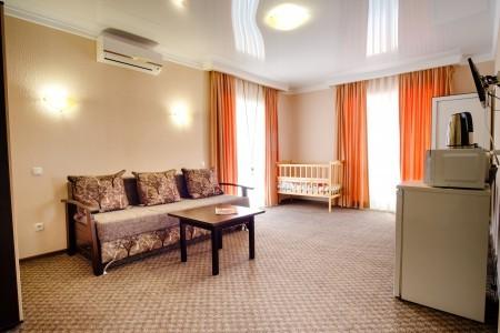 Люкс 2-местный 2-комнатный с балконами, фото 6