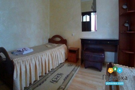 Люкс 2-местный 2-комнатный корпус 3,4, фото 1