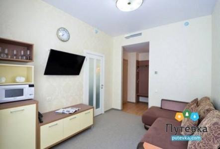 Junior Suite 1-местный 2-комнатный 4* №301, фото 2
