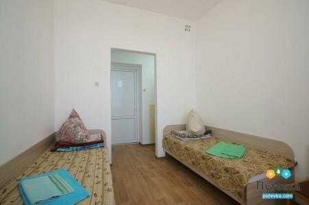 Эконом 2-местный с удобствами на этаже, главный корпус, фото 2