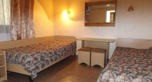 Номер 4-местный 2-комнатный, фото 2