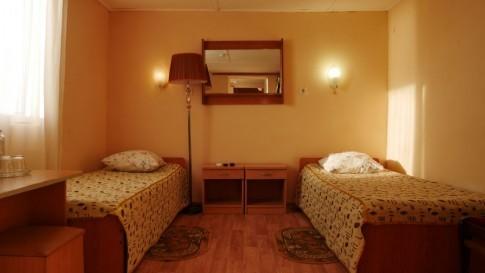 Номер 4-местный 2-комнатный с видом на море, фото 1