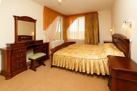 Номер 2-местный 3-комнатный, фото 1