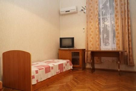 Стандарт 2-местный 2-комнатный (с кондиционером), фото 1