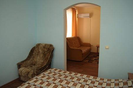 Стандарт 2-местный  2-комнатный (1 этаж), фото 2