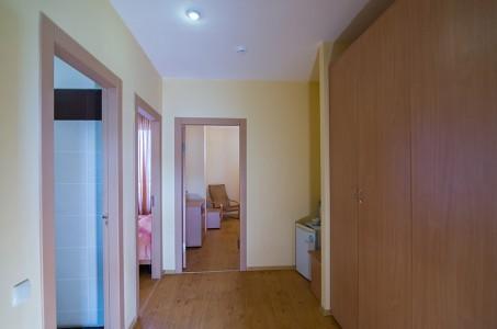 Люкс семейный 3-местный 2-комнатный, фото 3