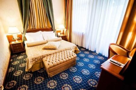 Апартамент Иван Айвазовский 2-местный 3-комнатный, фото 1