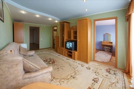 Люкс 2-местный 2-комнатный в 6-этажном корпусе, фото 2
