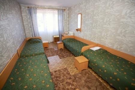 Эконом 3-местный (удобства на этаже), фото 2