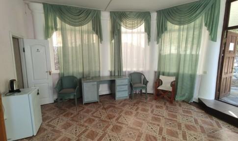 Люкс 2-местный 2-комнатный (вид на море), корпус 2, фото 2