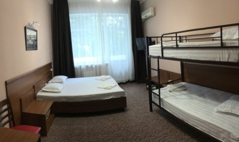 Стандарт 4-местный с двухъярусной кроватью , фото 1