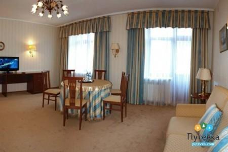 Люкс 3-местный 3-комнатный (корпус 6) полный, фото 3