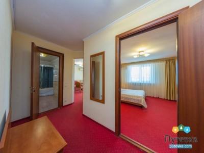 Люкс 2-местный 2-комнатный 1 корпус с балконом, фото 3