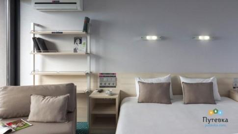 Стандартный улучшенный 3-местный с одной двуспальной кроватью и раскладным креслом, фото 2