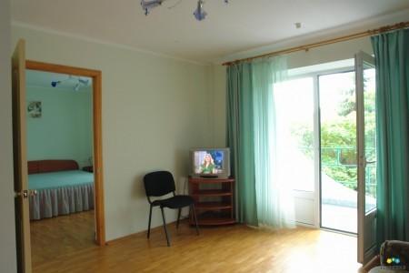 Люкс 2-местный 2-комнатный (с балконом), фото 1