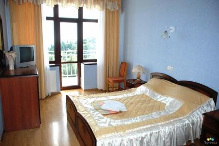 Люкс 2-местный 2-комнатный . №№101, 306-308, 406-408, 507-510, фото 1