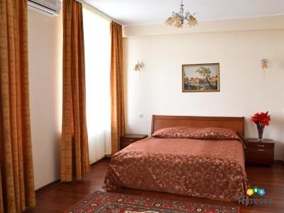 Люкс семейный 4-местный 2-комнатный , фото 1