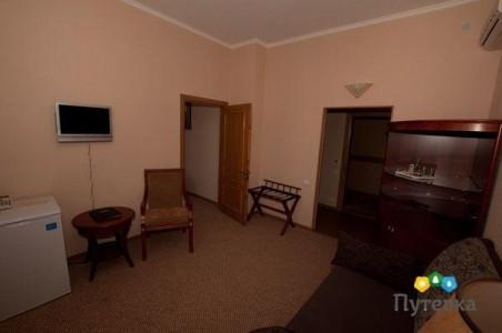 Люкс 2-местный 2-комнатный (без балкона), фото 3
