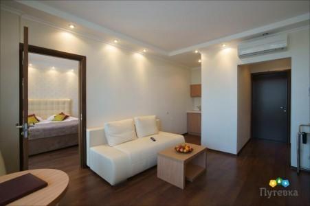 Люкс 4-местный 3-комнатный, фото 4