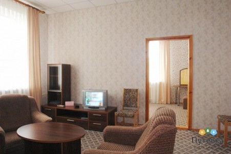 Люкс 2-местный 2-комнатный (без балкона), фото 2