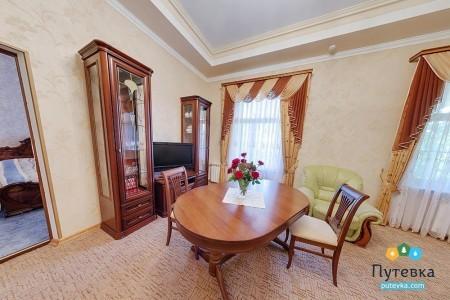 Люкс 2-комнатный 2-местный (І категория), фото 3