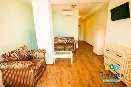 Полулюкс 2-местный 2-комнатный с балконом, фото 5