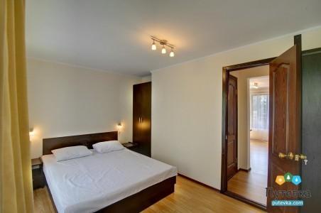 Сьют 4-местный 2-комнатный с кухней и видом на море, фото 1