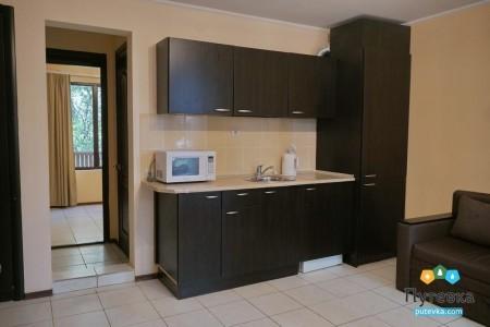 Сьют 4-местный 2-комнатный с кухней и видом на парк, фото 3