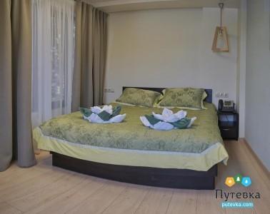 Люкс 4-местный 2-комнатный с видом на море, фото 1