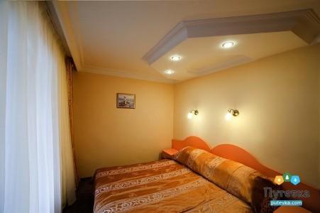 Улучшенный 2-местный 2-комнатный (с лоджией), фото 1