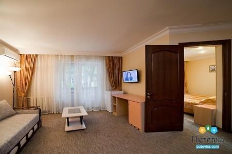 Улучшенный 2-местный 2-комнатный (с лоджией), фото 2