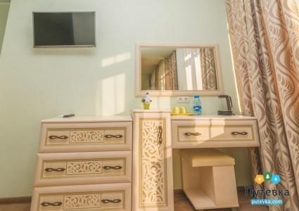 Люкс 4-местный 2-комнатный, фото 5