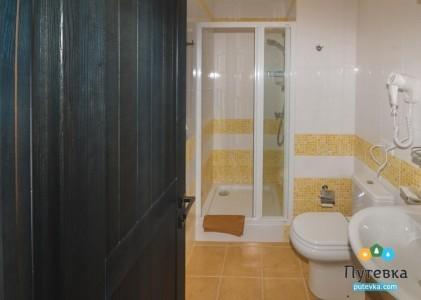 Люкс 4-местный 2-комнатный, фото 9