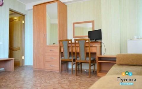 Комфорт 3-местный с балконом, горы, 2-5-й этажи, фото 3