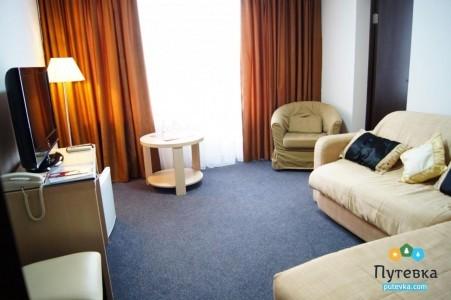 Люкс 3-местный 3-комнатный вид на море, фото 2