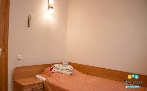 Полулюкс 2-местный 2-комнатный King Size Twin корпус 1, фото 1