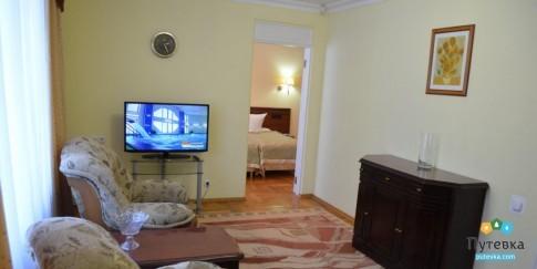 Люкс 2-местный 2-комнатный (на 1 этаже), фото 3