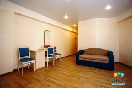 Сюит 4-местный 2-комнатный с балконом, море, 2-5-й этажи, фото 4