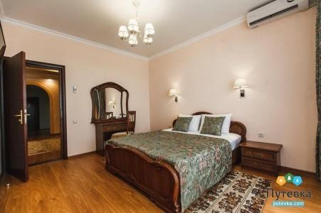 Апартамент 2-местный 3-комнатный, фото 1