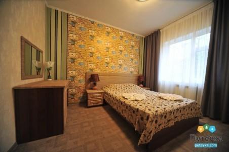 Люкс 4-местный 3-комнатный, фото 1