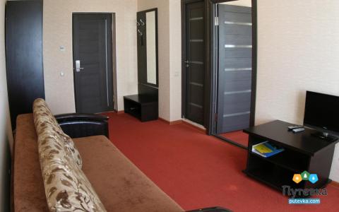 Люкс 2-местный 2-комнатный (с балконом), фото 6