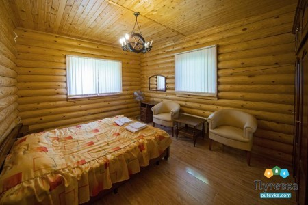 Коттедж люкс 4-местный (2 спальни), фото 1