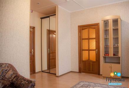 Люкс 1-местный 2-комнатный  King Size Single корпус 2, фото 2
