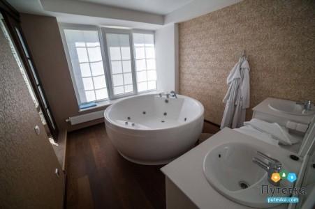 Люкс 2-местный 2-комнатный корпус 2 (20), фото 10
