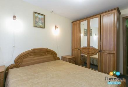 Люкс 2-местный 2-комнатный корпус 2, фото 1