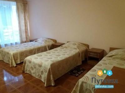 Стандарт Семейный 4-местный 2-комнатный, фото 1