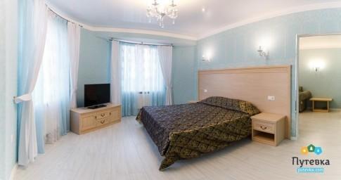 Люкс 2-местный 2-комнатный с видом на море, фото 1