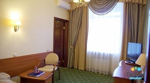 Люкс 2-местный 2-комнатный новый (солнечная сторона), фото 3